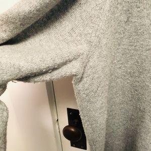 LOFT Sweaters - LOFT Cold Shoulder gray sweater size XL // K04